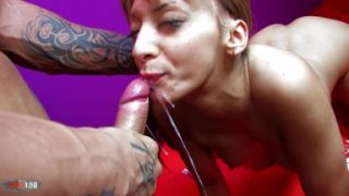 She wants to swallow !!